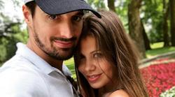 Luka Šulić (2Cellos) uživa z družino na dopustu na Obali