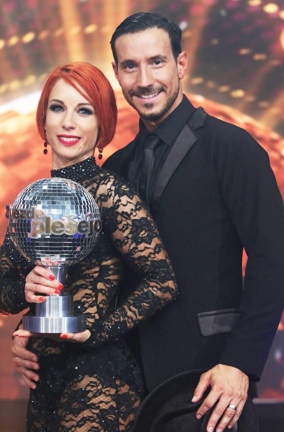Natalija Gros (Zvezde plešejo) ni več videti TAKO 👆🏼, in mi imamo nove FOTKE (foto: Goran Antley)