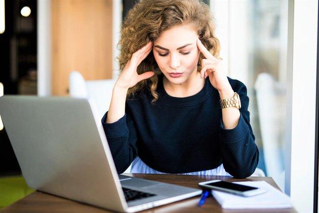 Kako se znebiti glavobola? S pomočjo ENE sestavine, ki jo imaš zagotovo doma! (foto: Profimedia)