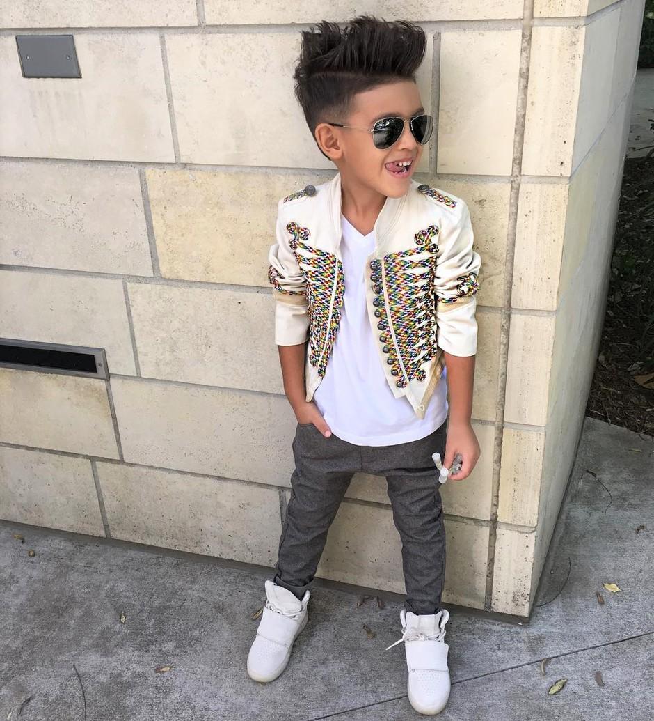 Spoznaj 6-letnega sina Slovenke, ki z Instagramom služi tisočake! (foto: Instagram.com/ryansecret)