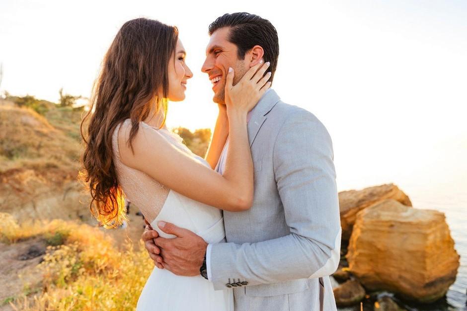 Ne čakaj na prvi poljub simpatije, vzemi stvari v svoje roke! (foto: Profimedia)