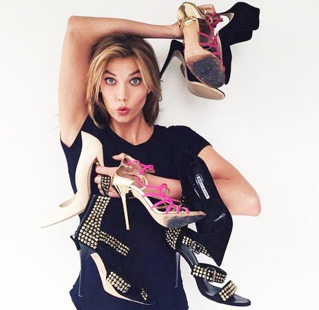 TO je razlog, zakaj istih čevljev ne bi smela nositi več dni zapored (foto: Profimedia)