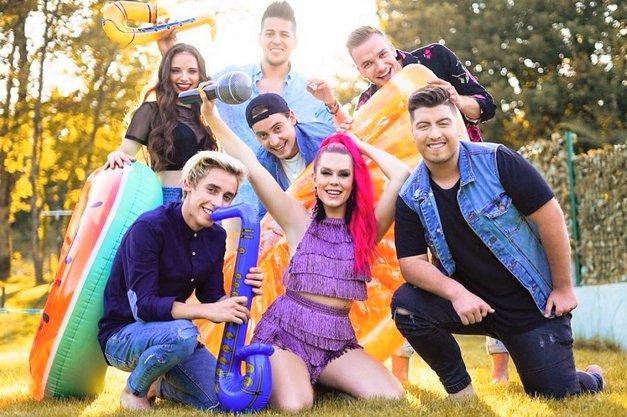 Udeleženci šova Slovenija ima talent posneli VROČ spot! Bo to hit letošnjega poletja? (foto: Instagram/Nika Zorjan)