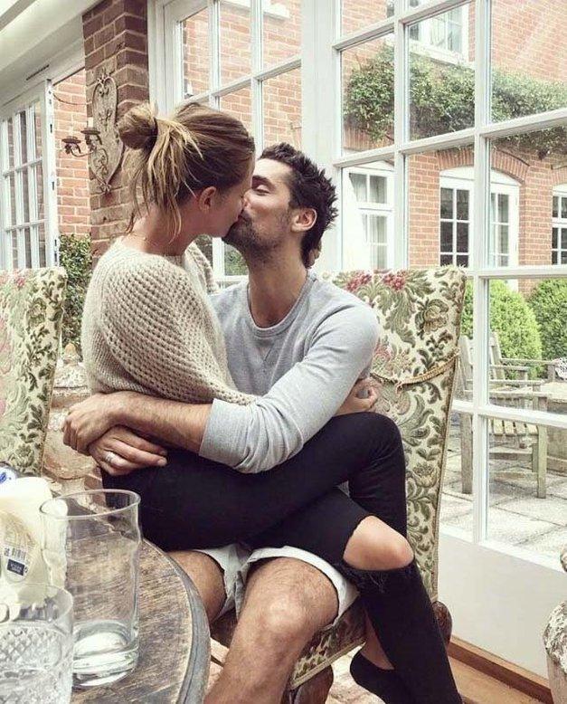 10 znakov, da sta čustveno odvisna in ne dejansko zaljubljena (foto: Profimedia)