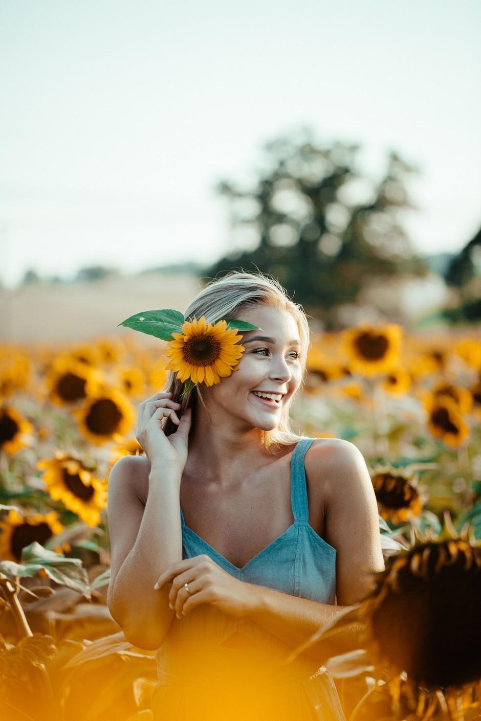 To je modni kos, ki ti je to jesen pisan na kožo! (glede na tvoje nebesno znamenje) (foto: Unsplash.com/Blake Cheek)