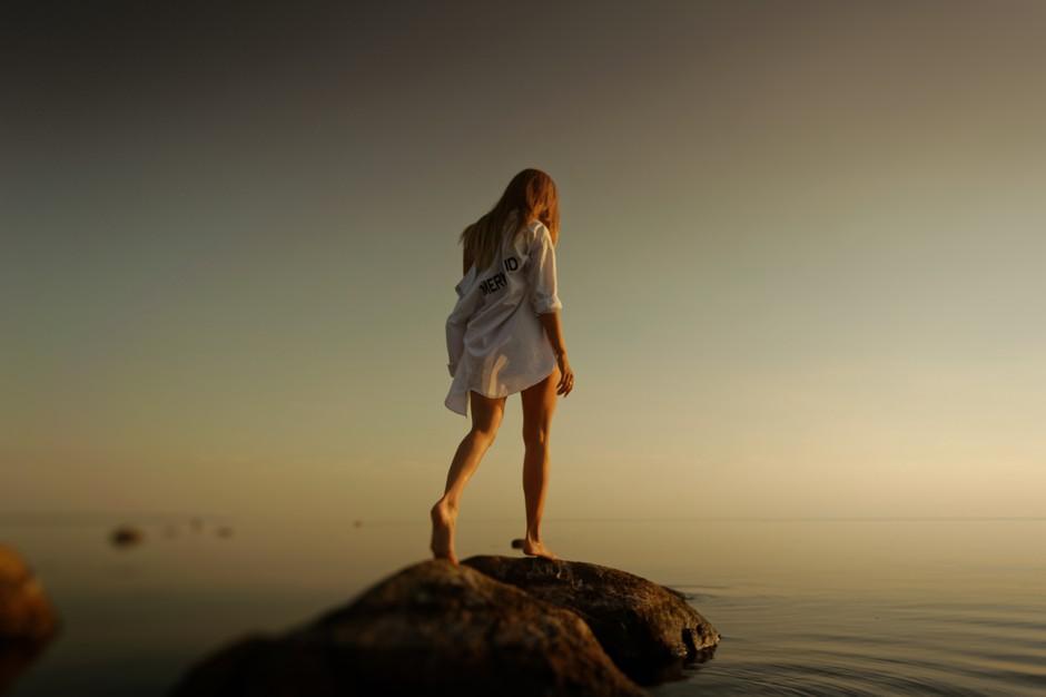 ASTRO: Kako se rešiti žalosti po razpadu zveze (glede na tvoje znamenje)? (foto: Unsplash.com/Vladimir Fedotov)