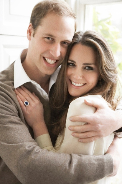 Princ William je na dan očetov praznoval tudi svoj 38. rojstni dan, kar sta z ženo Kate javno obeležila tako, …