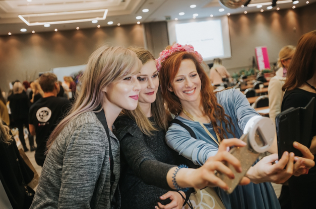 Lepotne navdušenke POZOR! Prihaja 4. Beautiful Bloggers MeetUp! (foto: Marko Ocepek)