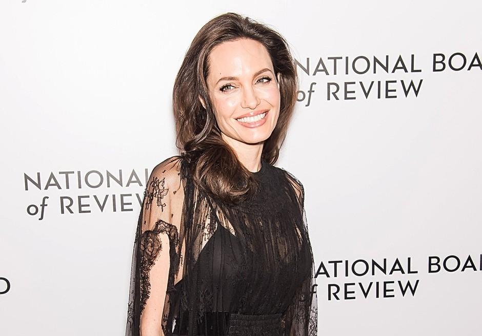 Hčerka slavnih Slovencev je ČISTA KOPIJA Angeline Jolie (FOTO) (foto: Profimedia)