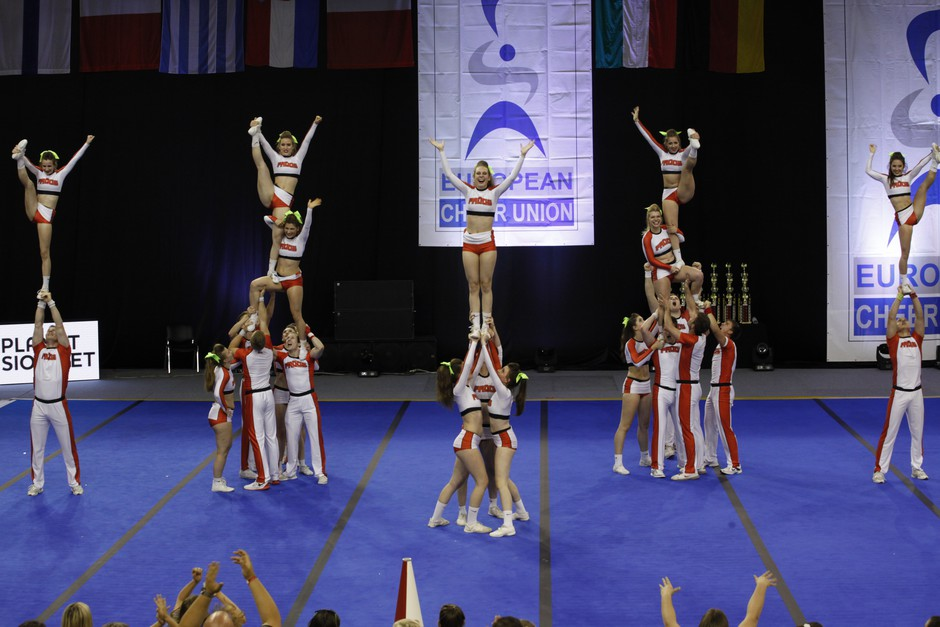 Cheerleading: Postani uspešna trener(ka) cheerleadinga! (foto: Promocijsko gradivo)