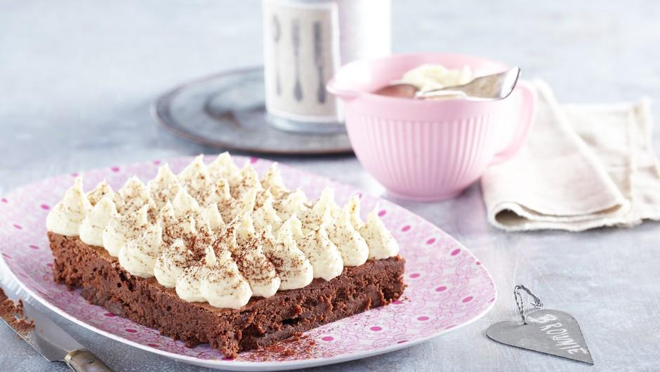 RECEPT: Za TE slastne nutelline brownije potrebuješ SAMO tri sestavine! (v manj kot 30 minutah) (foto: Profimedia)