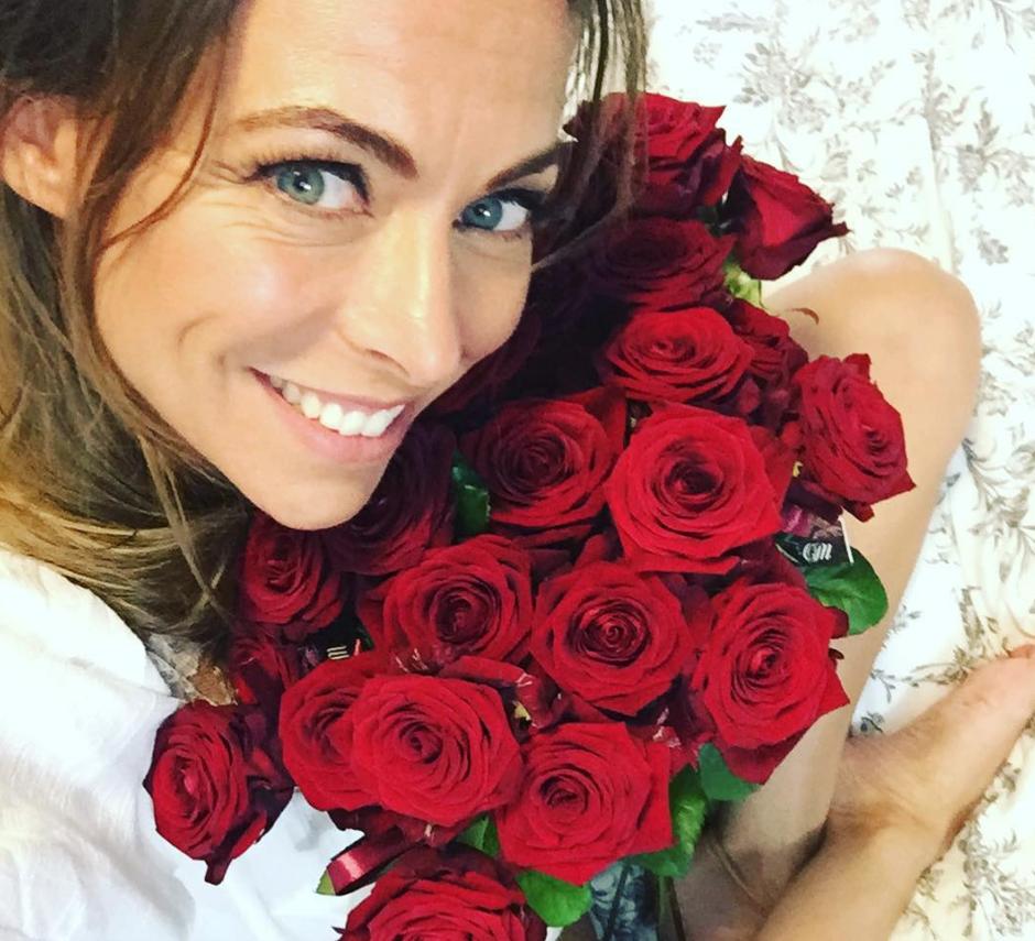 Azra Selimanovič se je ZAROČILA! Poglej, na kako sanjsko ROMANTIČNI lokaciji (foto: Instagram.com/azra.selimanovic)
