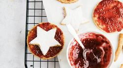 Znan slovenski kuhar razkriva RECEPT za popolne božične piškote