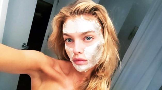 Za to FANTASTIČNO praznično masko boš potrebovala le 2 sestavini