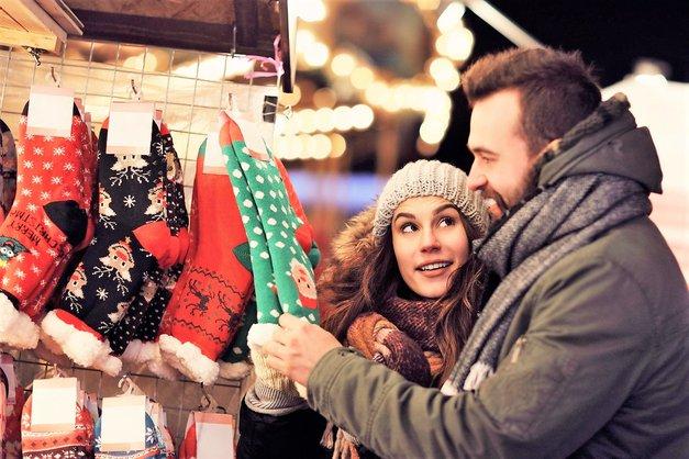 To, kar ti podari za božič, lahko VELIKO pove o vajinem razmerju! (foto: Profimedia)