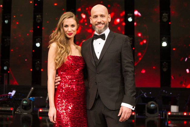 Znani so VSI profesionalni plesalci oddaje Zvezde plešejo (foto: POP TV)