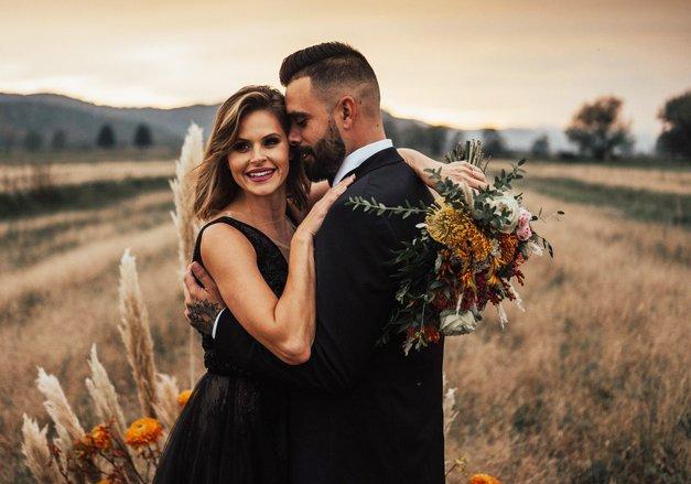 Našli smo fotko PRAVE poroke Teje in Janija Jugovic (zelo NEOBIČAJNA!) (foto: Jana Šnuderl)