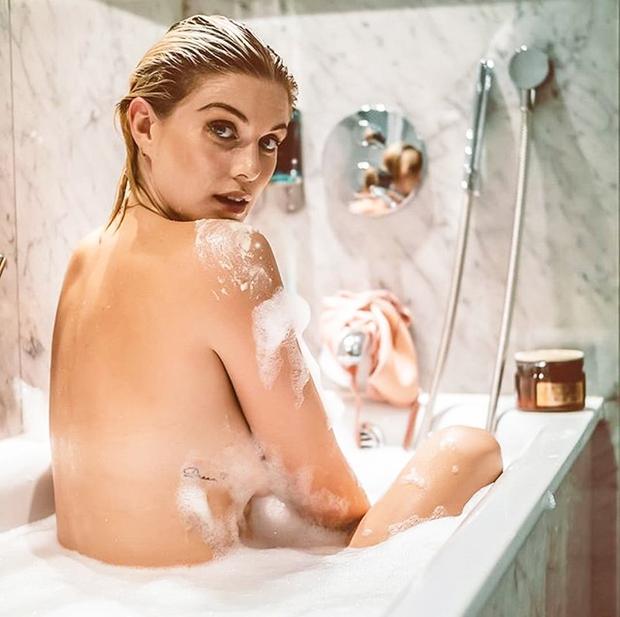Da s prekomernim tuširanjem in uporabo agresivnih kozmetičnih izdelkov lahko zelo škoduješ svoji koži, najverjetneje ne rabimo poudarjati spet in …