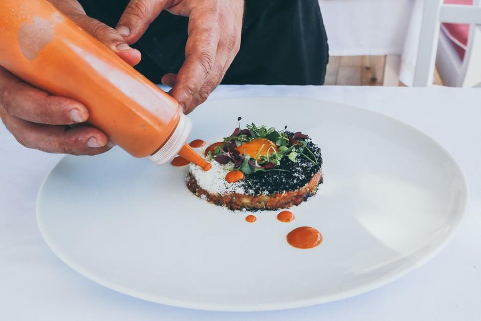 V Novi Gorici bo ta teden gostoval Michellinov chef (preveri, kje!) (foto: Unsplash.com/Nick Karvounis)