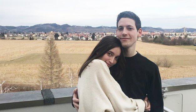 EMA: Izvedeli smo, kako se je začela ljubezenska zgodba Zale in Gašperja (noro kjut!) (foto: Instagram.com/zalagasper)