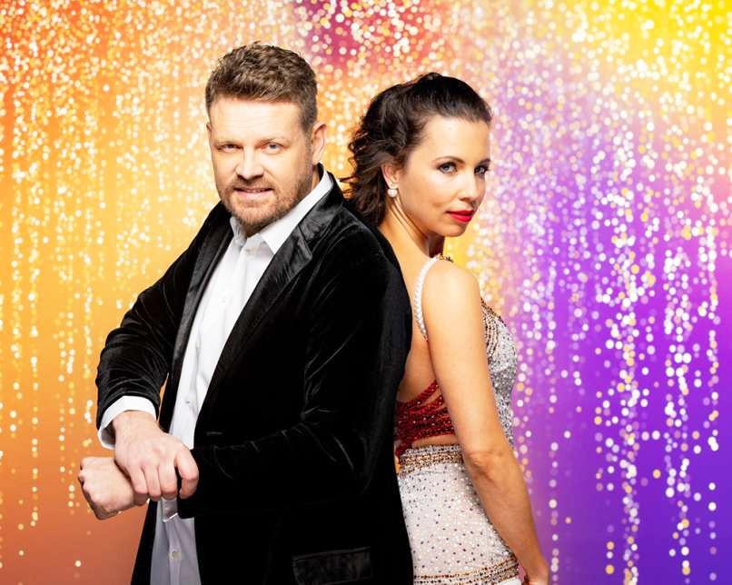 Poglej, kako čeden je izbranec Maje Geršak, soplesalke Mihe Zupana (Zvezde plešejo) (foto: POP TV)