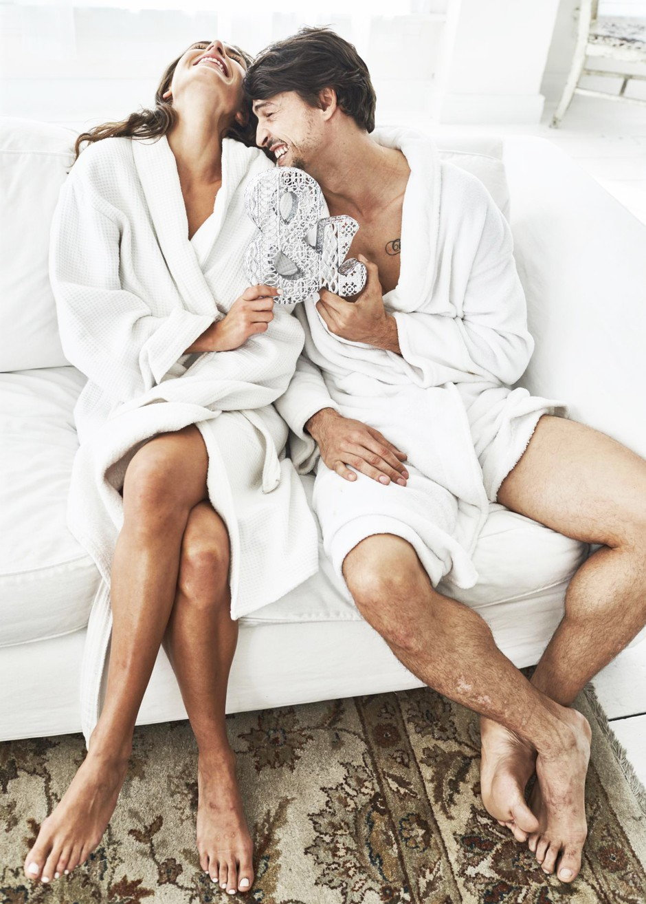 Je moški lahko LE prijatelj z žensko, ki ga zeloooo privlači? TO je odgovor! (foto: Nick Onken)
