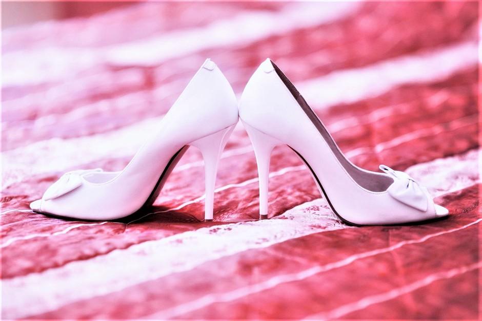 So poročni čeveljci preteklost? TO je nov poročni trend (in mi nismo ravno navdušeni!) (foto: Profimedia)