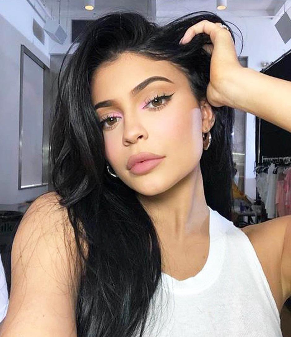 Lepotna javnost verjame, da je NOVA frizura Kylie Jenner PRIČESKA LETA (foto: Profimedia)