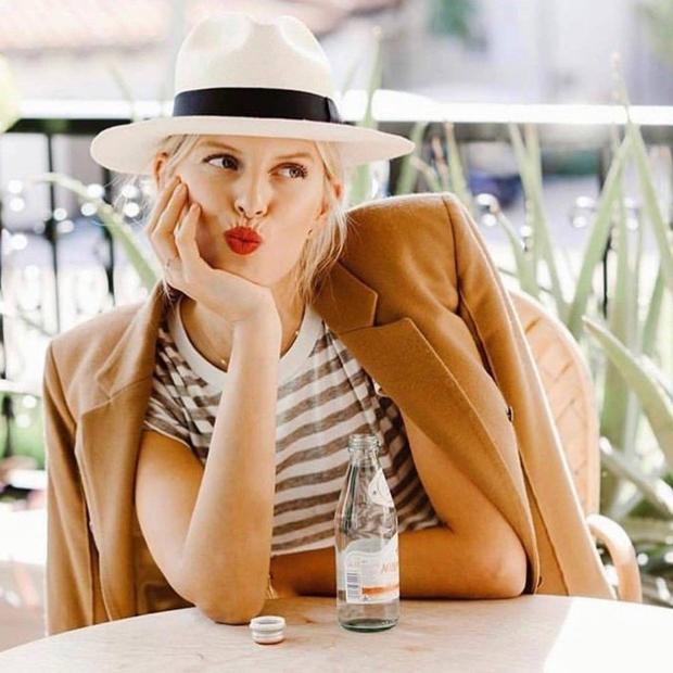Ko je Zara objavila slike nove kolekcije, je vse modne poznavalke in navdušenke najbolj šokiral TALE kos 👉