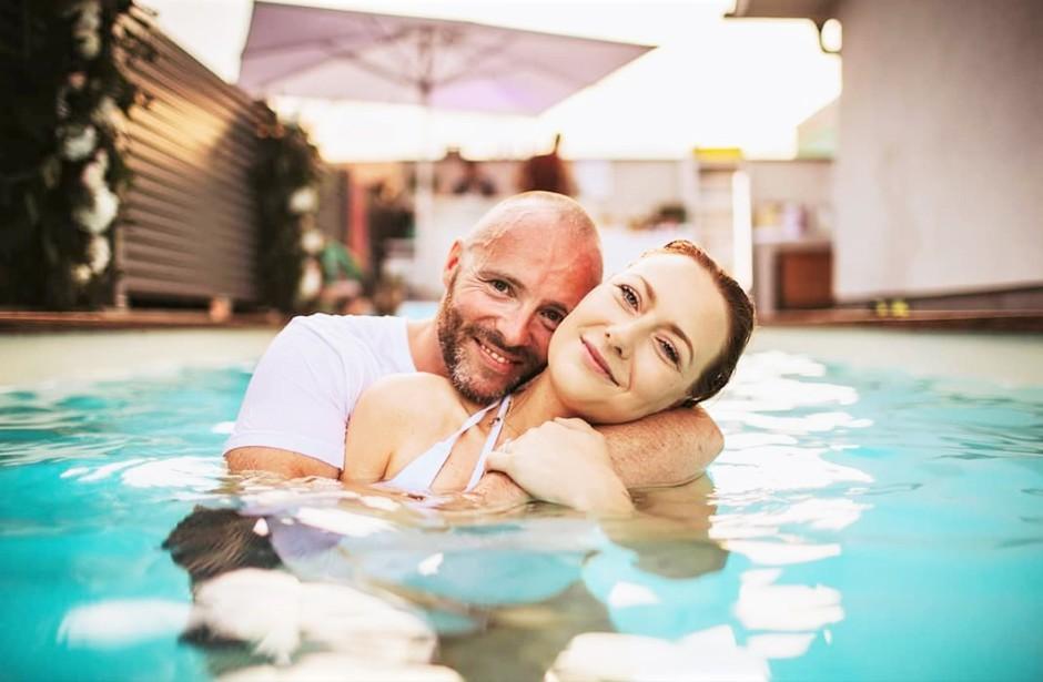 Potem ko sta Ciril in Tina Komotar skrivala vse o poroki, je v javnost prišel TA VIDEO! (foto: Instagram/Komotar Minuta, foto Zlatanović Dragan)
