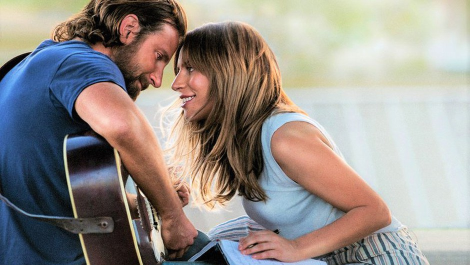Kaj?! Bradley Cooper je preteklost - poglej, kdo V RESNICI greje srce Lady Gage (imamo FOTOGRAFIJE!) (foto: Profimedia)