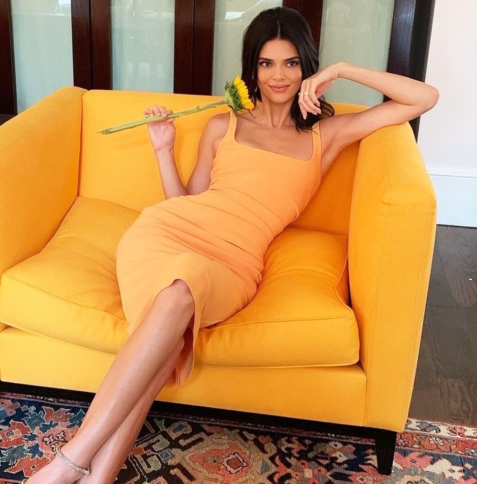 Pletene JOPICE so to jesen 'IN', ampak le, če jih nosiš kot Kendall Jenner (foto: Profimedia)