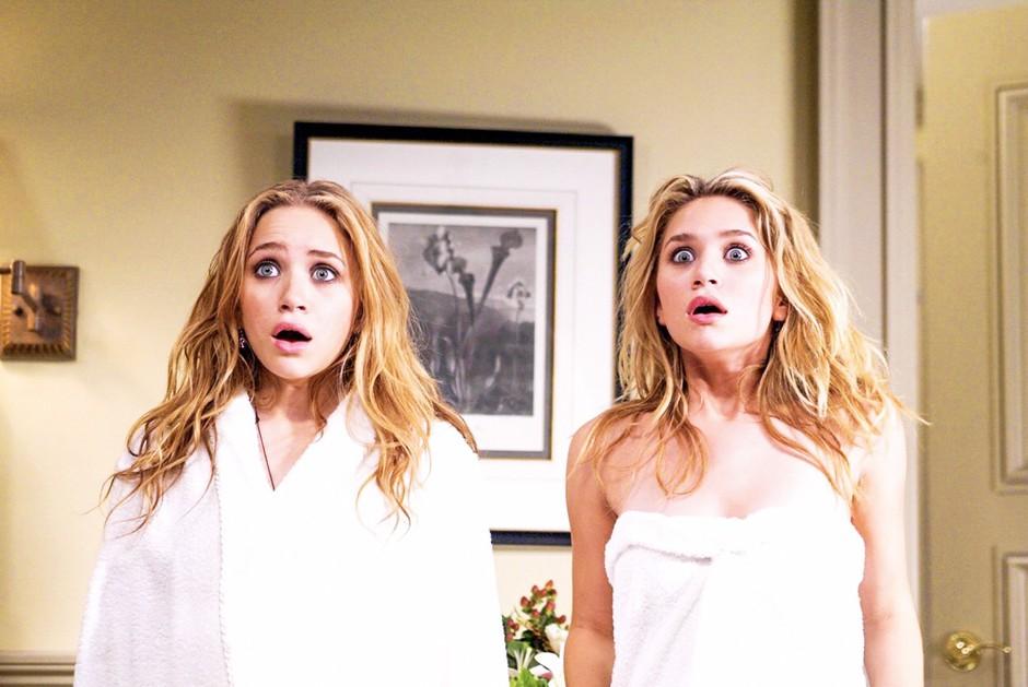Ojoj! Zaradi nezdravega življenja dvojčici Olsen danes NE izgledata več tako 👇🏼 (foto: Profimedia)