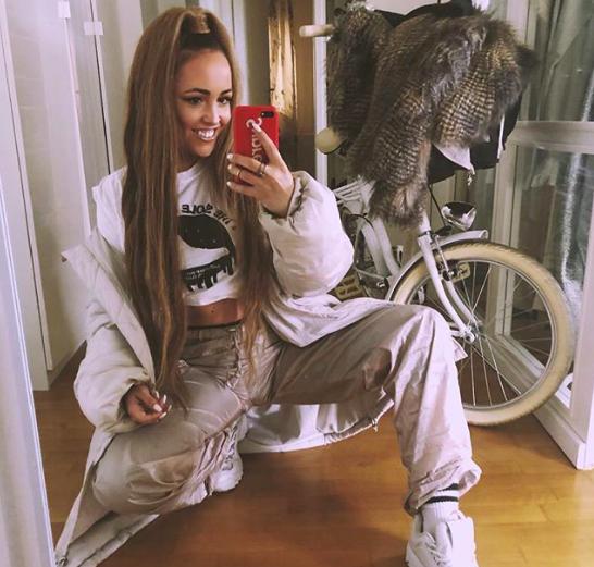 Nina Šušnjara pokazala, kako USPEŠNO nositi moške hlače (hud TRIK) (foto: Instagram/ @ninasusnjara)