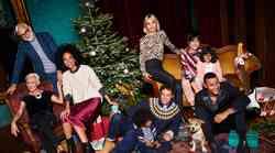 TO so TOP modni TRENDI, ki jih boš nosila na božično-novoletnih zabavah👇