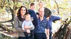 TO je zagotovo najbolj POSEBNA (in zelooo drugačna) božična voščilnica kraljeve družine doslej!