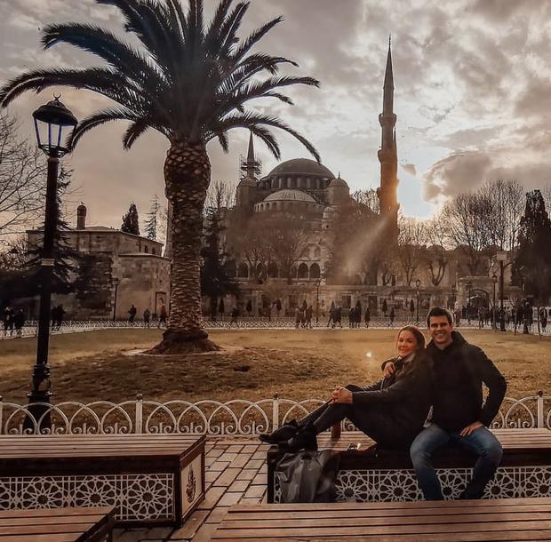 👉Oh, prekrasen Istanbul! Najbolj priljubljeno in turistično obiskano turško mesto slovi po svoji lepoti, odlični hrani in krasni arhitekturi, ki …
