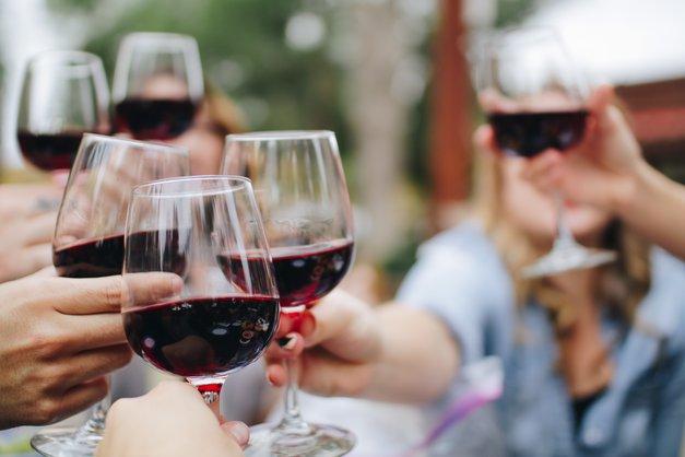 Ljubitelji primorskih vin bodo januarja obiskali TA dogodek (foto: Unsplash.com/Kelsey Knight)