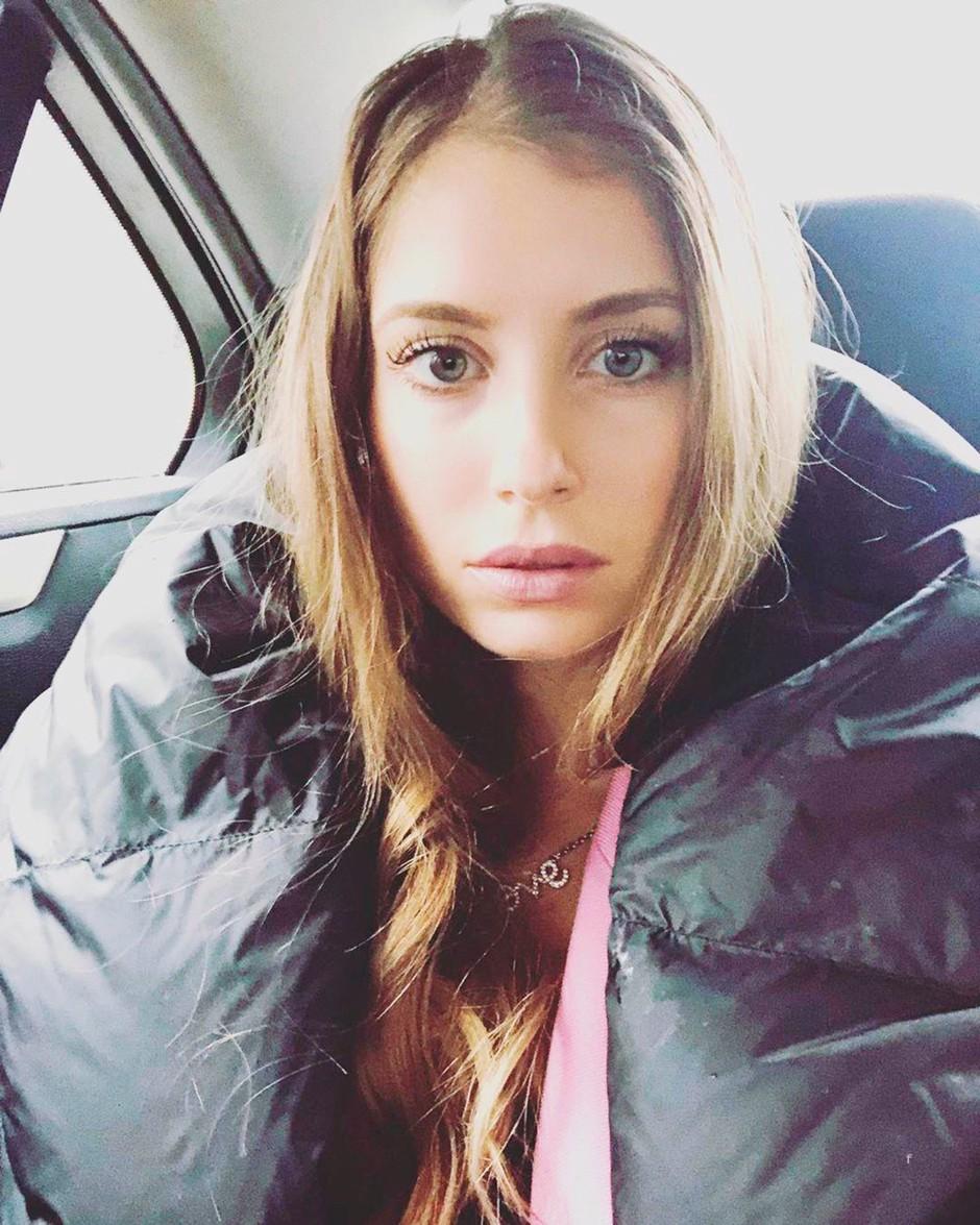 """Slovenska youtuberka ISKRENO: """"Šef me je povabil v posteljo!"""" (NORA zgodba) (foto: Profimedia)"""