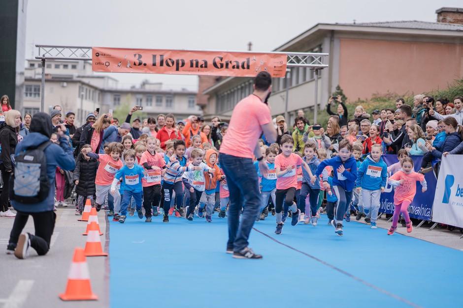 Napovedujemo: 4. tek za otroke na Pediatrični kliniki Hop na grad (foto: Amadej Rožman)