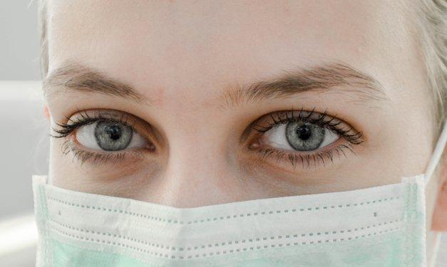 Bizarna zgodba Slovenke, ki je postala prva 'žrtev' koronavirusa pri nas (foto: Unsplash.com/Ani Kolleshi)