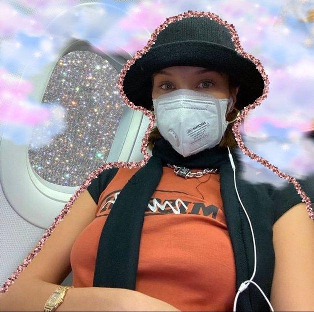 Ne boš verjela kako daleč gre modni svet (ja, tudi med korona virusom!) (foto: Profimedia)
