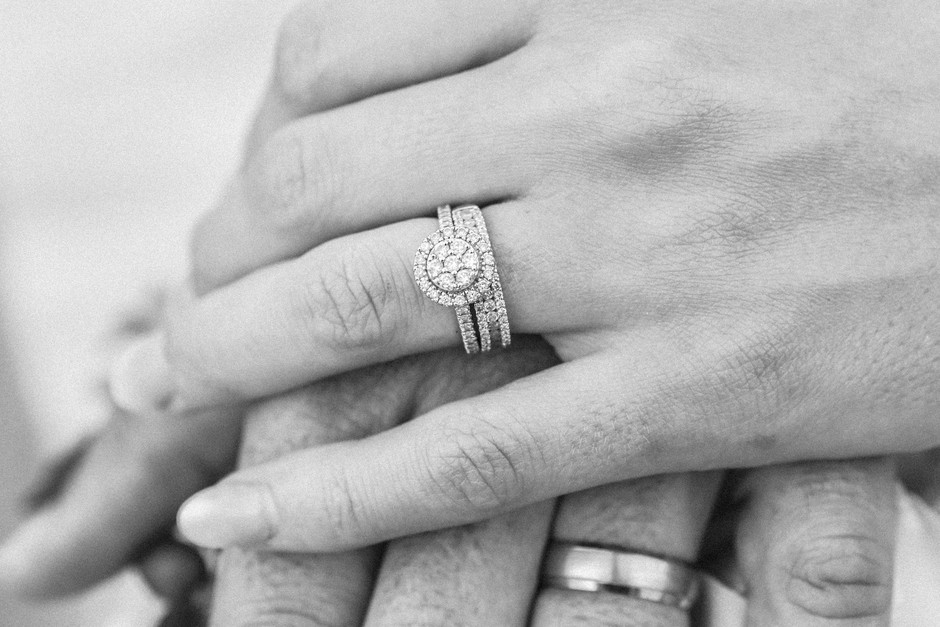 Poročila se je TA znana Slovenka - in novico skrivala kar POL LETA! (foto: Unsplash/Nick Karvounis)