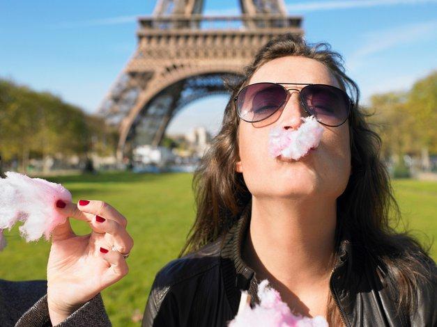Med karanteno v Pariz, na Eifflov stolp? (poglej, kako je to mogoče!) (foto: PROFIMEDIA)