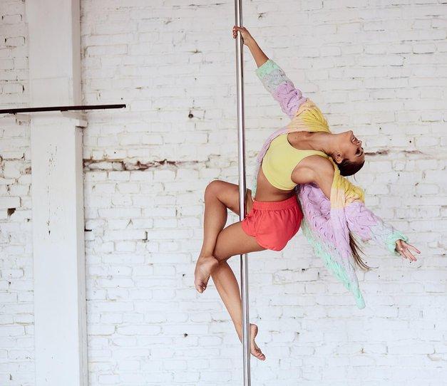 """""""Ples na drogu mi je rešil življenje"""" (iskrena izpoved dekleta s čustveno stisko) (foto: Shutterstock)"""