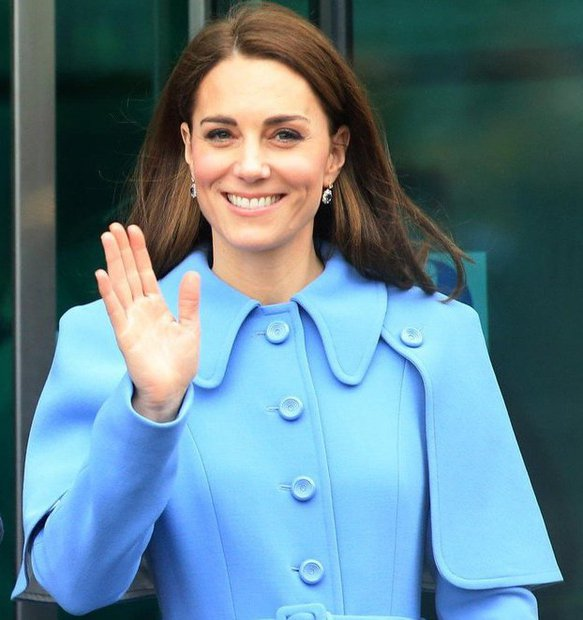 Kate Middleton IZJEMOMA objavila ganljiv trenutek svoje družinice (s telefonom jo je fotografirala sama!) (foto: Profimedia)