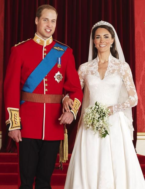 Kate Middleton in princ William sta te dni v prazničnem vzdušju, saj sta praznovala rojstni dan kar dveh svojih otrok. …