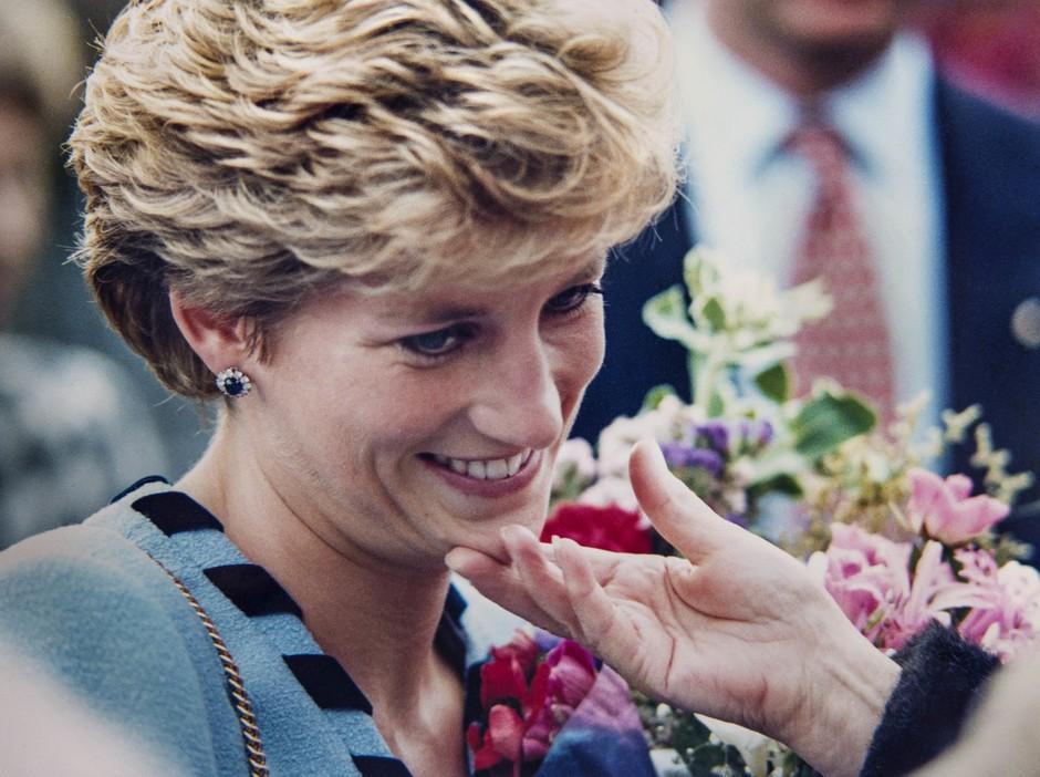 Nova serija o Diani RAZJEZILA princa Williama in Harryja, saj prvič RAZKRIVA tole 😞 (foto: Profimedia)