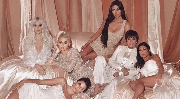 Emmm, WTF! Ta zelo znana scena iz oddaje Kardashianovih je v celoti ZREŽIRANA! (foto: Profimedia)