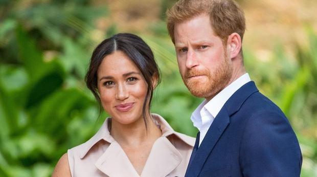 Mineva skoraj leto dni, odkar sta Meghan Markle in princ Harry tudi uradno potrdila, da se podajata na samostojno pot …